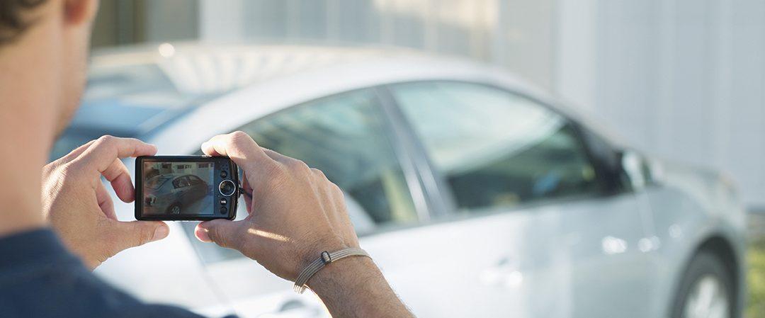 Kuinka otat hyvännäköisiä kuvia autostasi myyntiä varten?